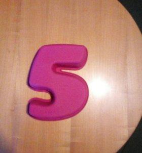 Силиконовая форма для выпечки в виде цифры 5