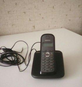 Телефон настольный