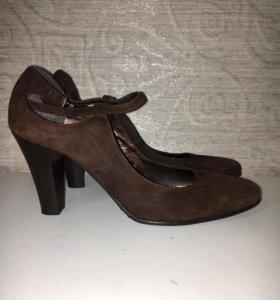 Туфли натуральная замша 39 размер
