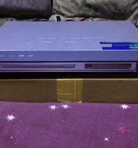 DVD плеер BBK DV315S