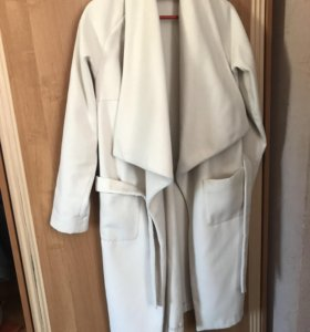 Драповое пальто , в отличном состоянии