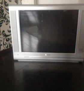 Телевизор Philips диагональ 70 см