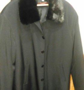 Зимнее мужское полу-пальто