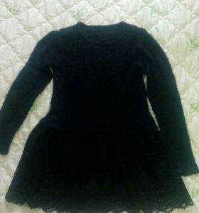 Теплое платье,тянется