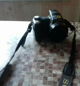 Цифровой фотоаппарат Sony Cyber-shot DSC-H5