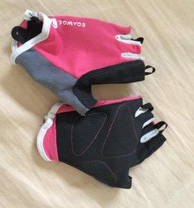 Перчатки для фитнеса domyos