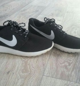 Кроссовки Nike Roshe Ran класические