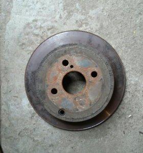Тормозные диски для короллы 2004г/в перед,зад.
