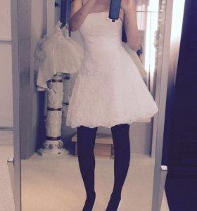 Свадебное платье + шлейф