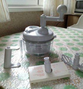Кухонный прибор CHOPPER