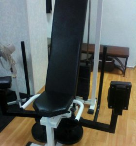 Тренажер для внутренних и наружных мышц бедра
