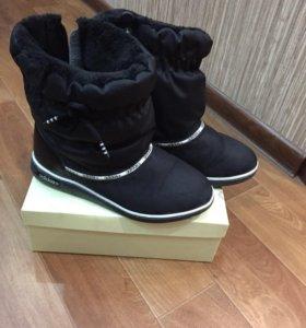 Фирменные полусапожки Adidas р 37-37.5