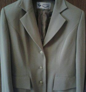 Пиджаки жен р.44-46