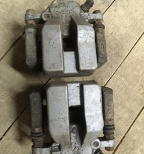 Задние суппорта Камри v40