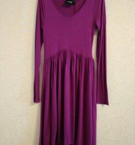 Платье ASOS. petite. UK4