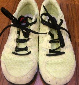 Спортивные кроссовки Reebok
