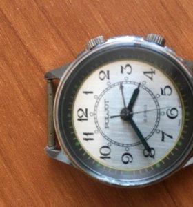 """Часы """"полет"""" наручные с будильником."""