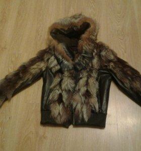 Куртка женская,кожанная отделка чернобурка