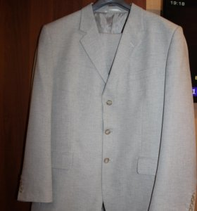 костюм Valenti