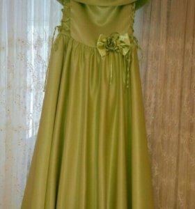 Платье праздничное, рост 146-152см.