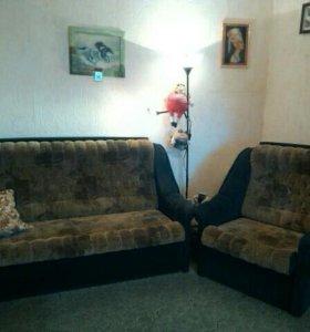 Продам диван  и 2 кресла, все раскладывается б/у.