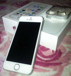 Айфон 5s серебряный