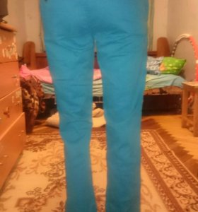 Новые джинсы 42 размер