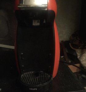 Кофе машина(Nescafé Dolce Gusto)Red