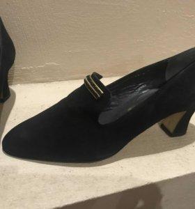 Туфли-лоферы замшевые