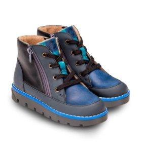 Ботинки 27 новые ТAPIBOO
