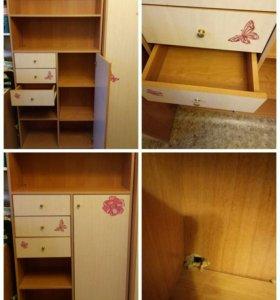 Шкафы и стеллаж