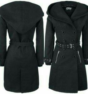 Готическое пальто зимнее женское чёрное