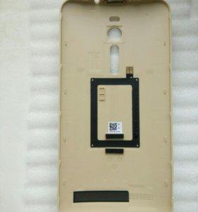 Асус ZE551ML Задняя крышка.