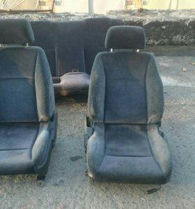 Комплект сидений skyline r32,r33,r34