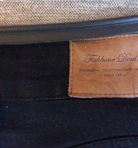 Фирменные новые джинсы, завышенная талия