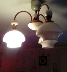 Люстра + светильник
