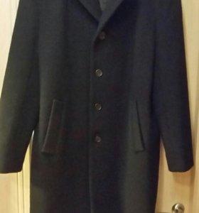 Пальто мужское зимнее 52 р