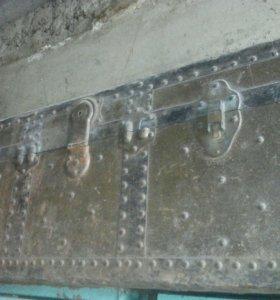 Старинный сундук