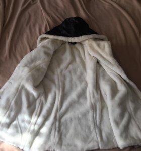 Пальто ( кожзам) с мехом размер М(44-46)