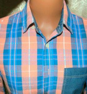 Фирменная рубашка Pull&Bear.