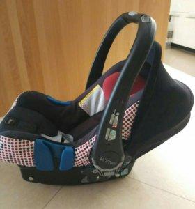 Автокресло Roмer Britax, модель Baby-safe plus ll