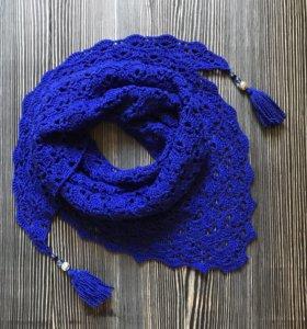 Вязаный бактус-платок ручной работы