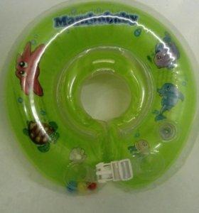 Круг для купания малыша Mambobaby