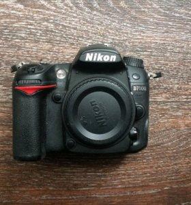 Продаю Nikon D7000