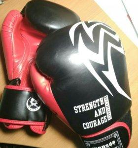 Боксерские перчатки (12 oz)