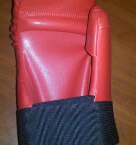 Футы и перчатки (открытые)