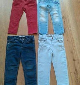 Пакетом джинсы на девочку 18-24 мес.
