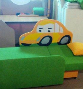 Детский диван машынка