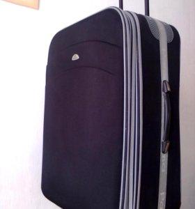 Презентабельный чемодан PALOMA