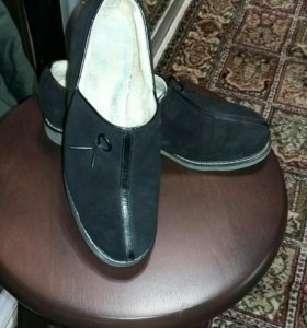 Туфли теплые на овчине замшевые